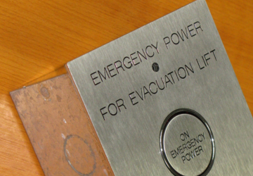emergency power lift